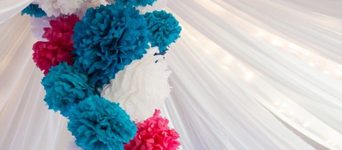 LoveWeddings Hochzeitsdekoration für ein Dorfgemeinschaftshaus